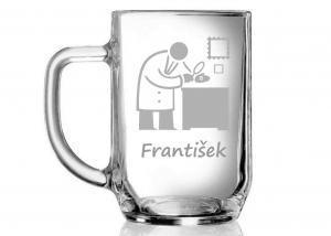 pohár s filatelistom a menom - darčeky pre kamaráta