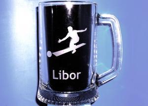 pohár na pivo s menom a s motívom bowlingu