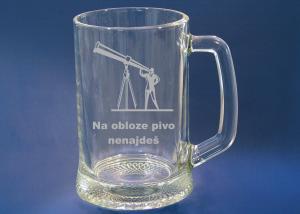 gravírovaný pivný pohár s motívom na želanie ako dar, darček pre abstinenta