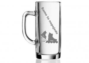 pohár na pivo ako darček pre frajerku s motívom in-line korčulí